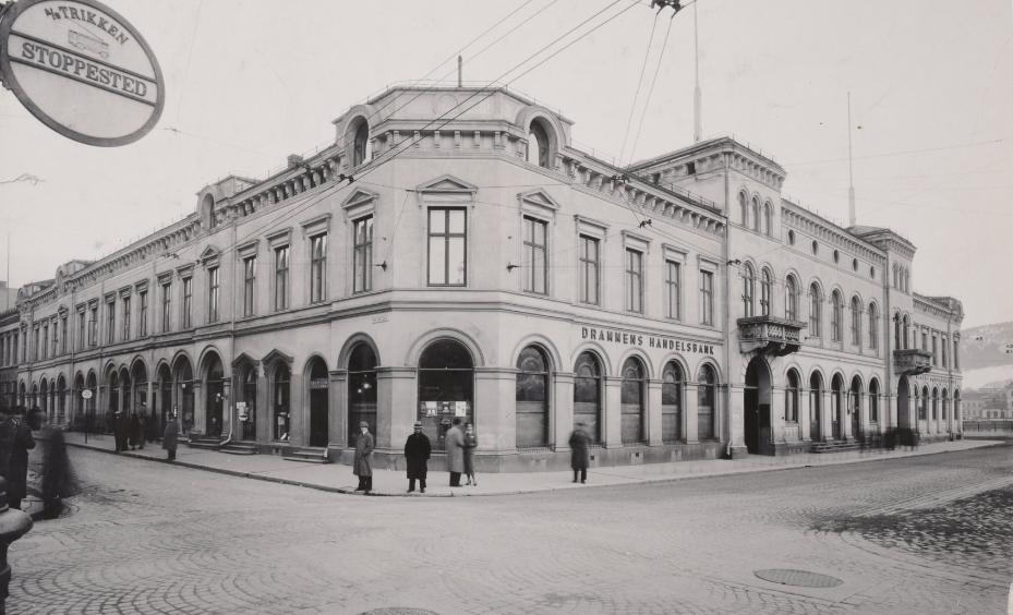 Drammens Børs 1930. Arkivfoto.