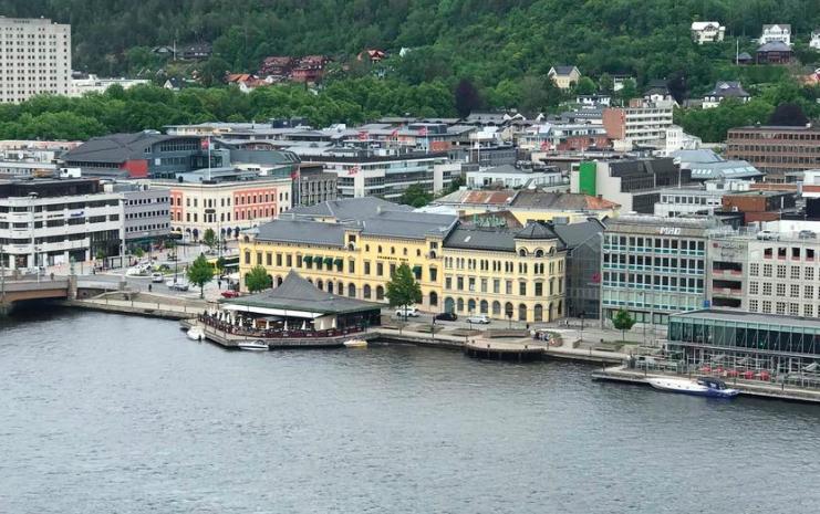Drammens Børs. Foto fra luften.